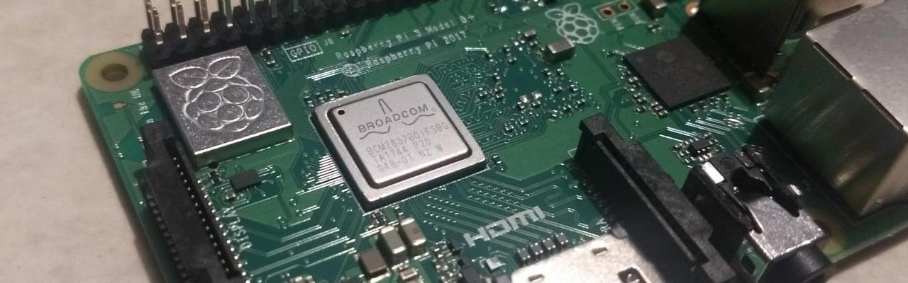 Raspberry PI 3 Modelo B+ (plus) 1.4GHz 64 bits 1GB Ram WiFi y Bluetooth 4.2 BLE POE
