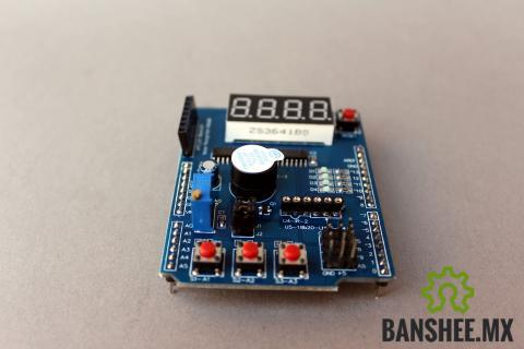 Shield de Ejercicios y Aprendizaje para Arduino