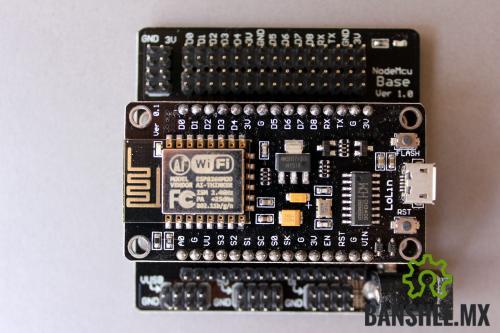 NodeMCU Tarjeta de Desarrollo V.01 y Shield I/O de Expansion